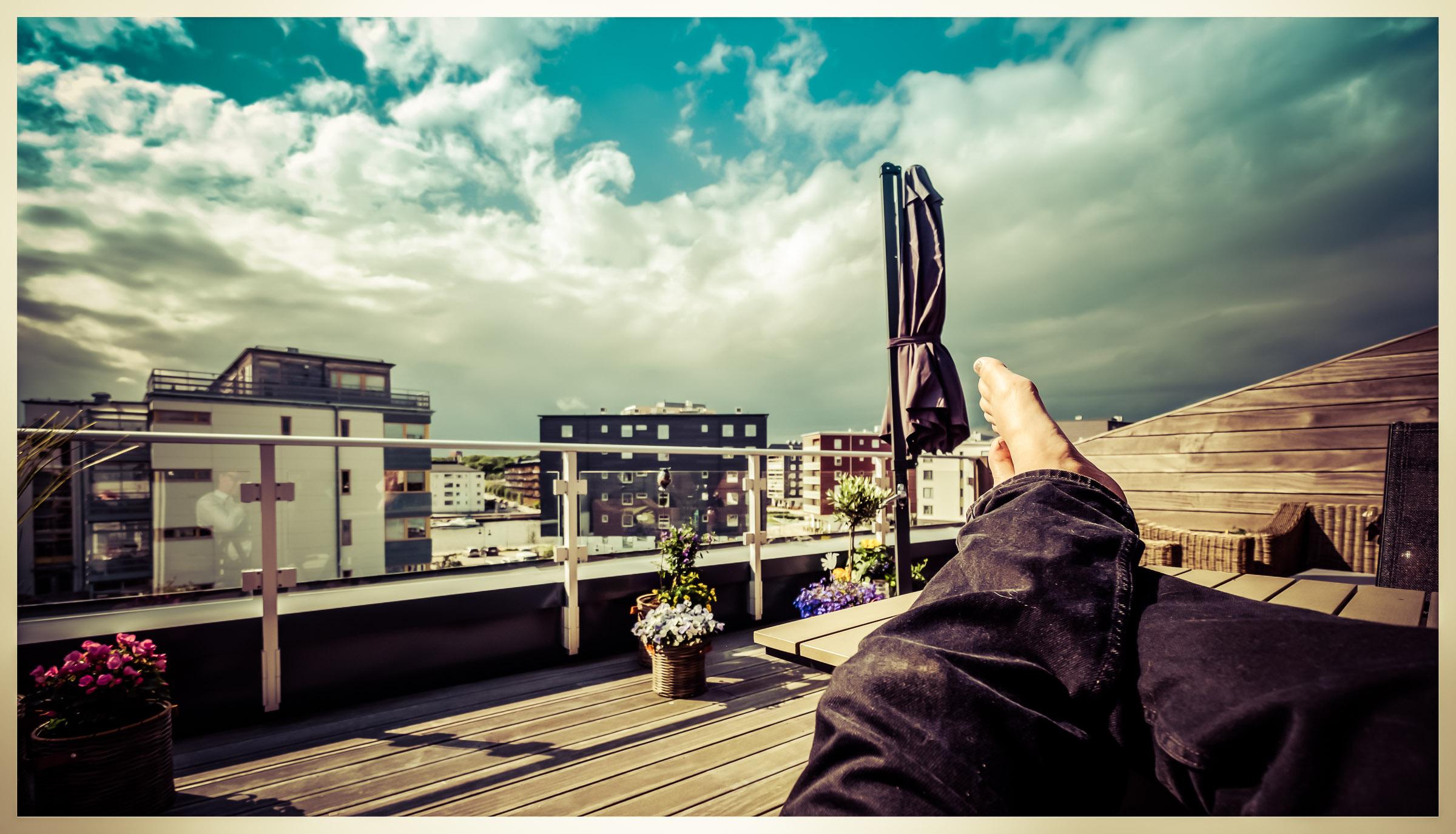 Feet up in the sun in Sannegården